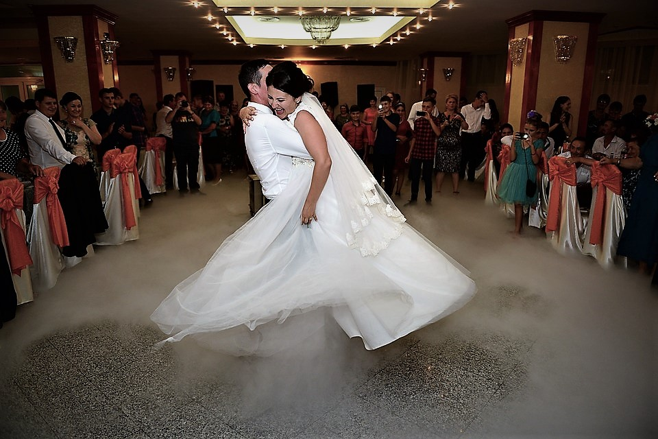 How To Take The Pressure Off The First Dance