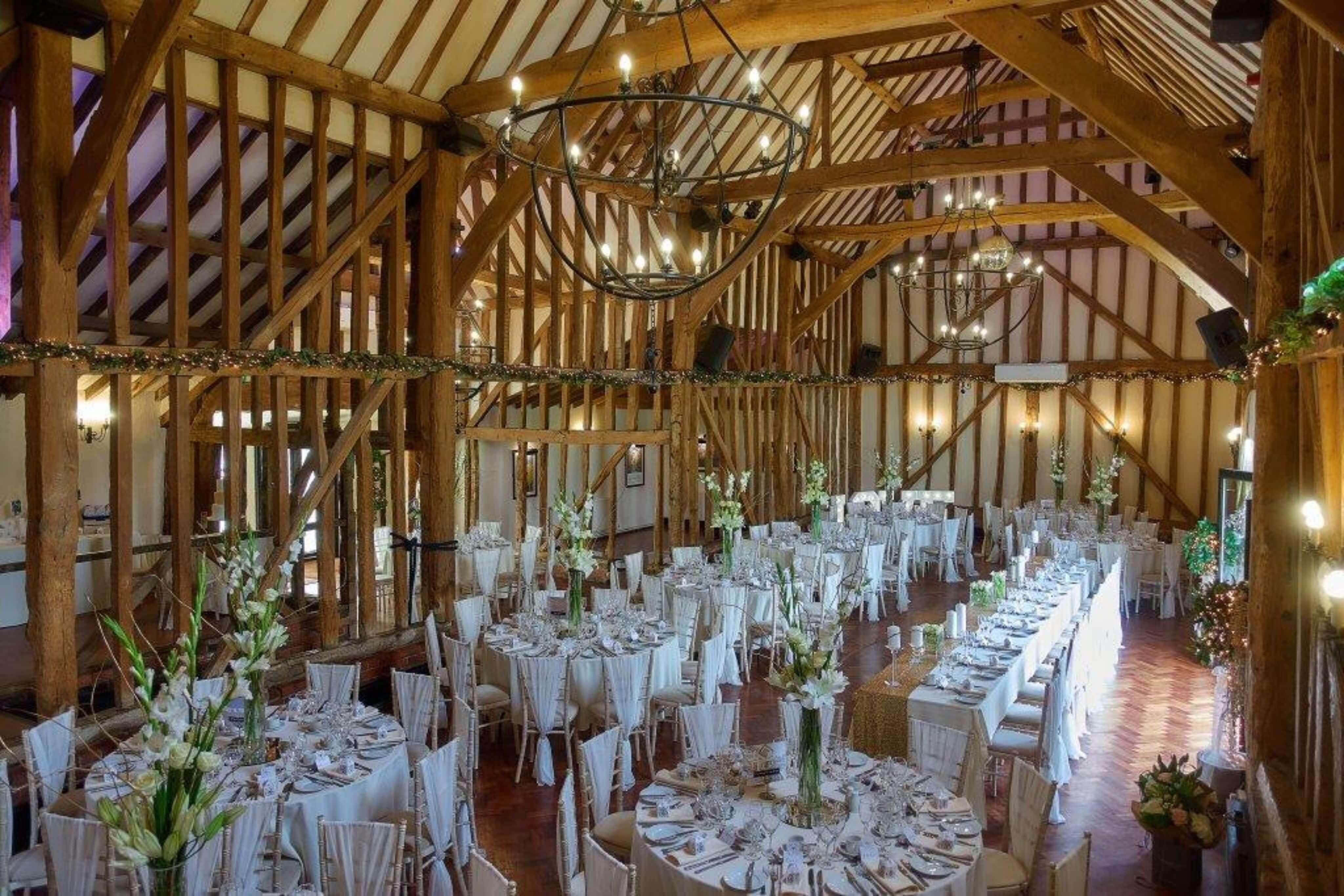 5 Reasons to Choose a Barn Wedding Venue
